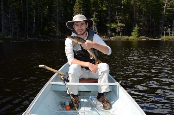 Lionel Müller beim Fischem auf dem eigenen Resort in Ontario.