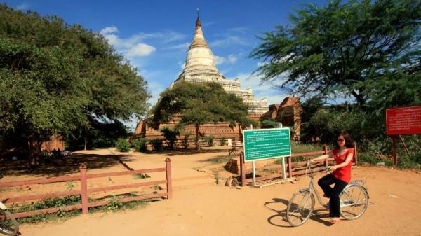 In den leeren Tempeln und Pagoden von Bagan fühlt man sich wie ein Abenteurer aus dem 19. Jahrhunderts. Fotos: O. Zwahlen