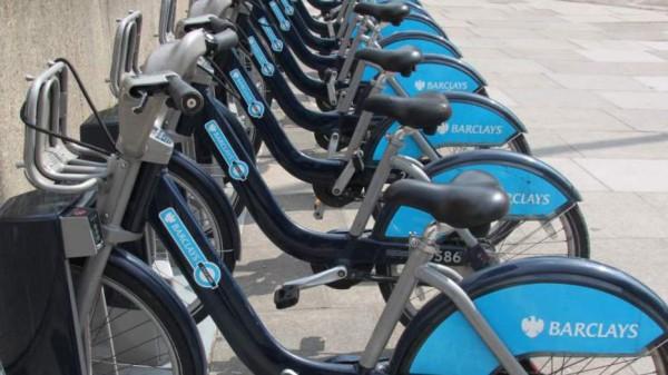 Das Fahrrad ist die perfekte Art, um die britische Hauptstadt zu erkunden. Foto: Gabi Eder / Pixelio.de