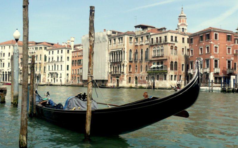 Teueres Wahrzeichen: Eine Gondelfahrt in Venedig kann bis zu 80 Euro kosten. Foto: Nadine Zwahlen