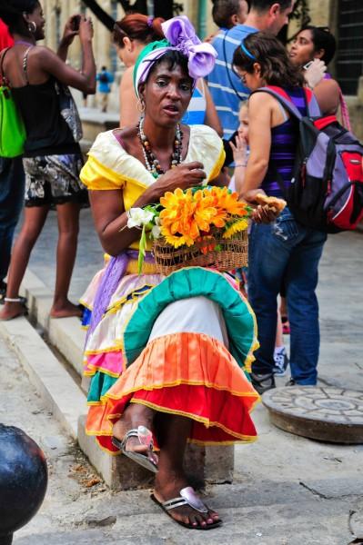 Blumenverkäuferin in Havanna, Kuba. Foto: M. Luft.
