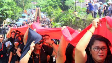 Photo of Tana Toraja: Zu Besuch auf dem bizarren Begräbnisritual