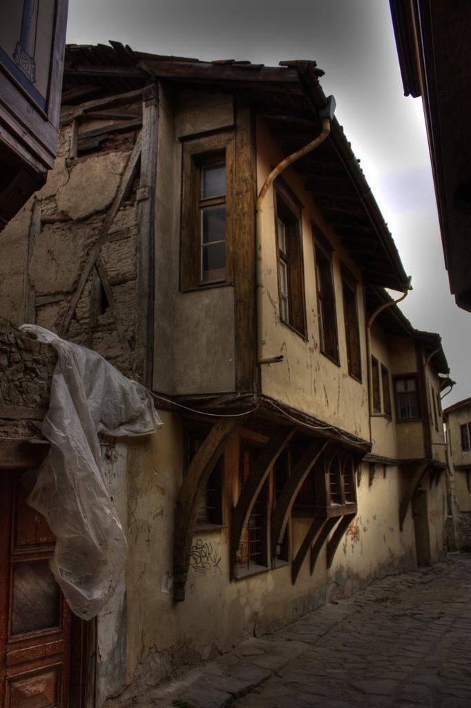 Typische Gasse in der Altstadt von Plovdiv. Foto: Klearchos Kapoutsis / Flickr