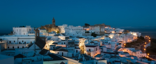 Vejer de la Frontera in Andalusien begeistert mit seinen weissen Fassaden. Foto: Tanja Starck.