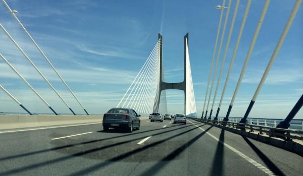 Mautfrei: Die Ponte Vasco de Gama.