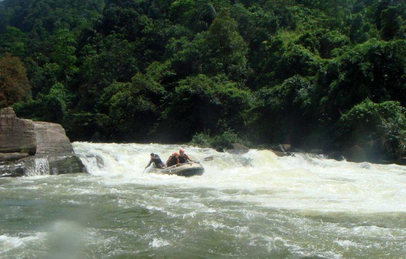 Rafting erfreut sich in Kitulgala großer Beliebtheit, den ganzen Weg lang gibt es zahlreiche Rafting-camps.