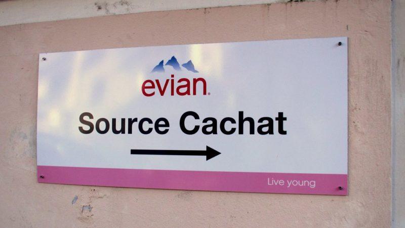 Von hier in die Welt: Die Cachat-Quelle ist der Ursprung des weltweit bekanntesten Mineralwassers.