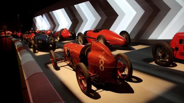 Alte Rennwagen der Formel 1 im Automobilmuseum von Turin. Fotos: O. Zwahlen