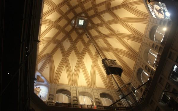 Der Glasaufzug bringt Besucher in weniger als einer Minute auf das Dach des Mole Antonelliana.