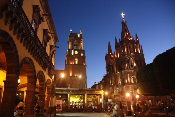 Eines der vielen Geschichter Mexikos: Das Zentrum der Kolonialstadt San Miguel Allende. Fotos: O. Zwahlen