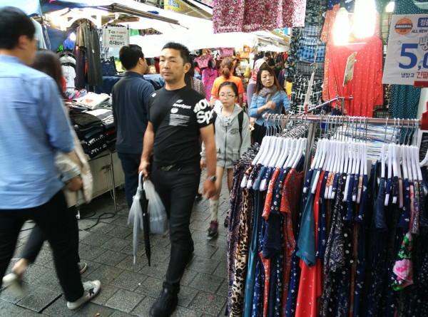 Keine Sprachprobleme: Selbst auf dem Markt in Seoul konnte ich mich mit den Verkäufern gut verständigen.