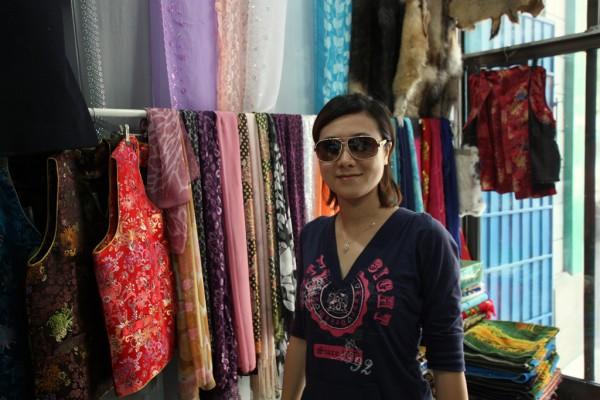Kleider und Stoffe sind in Asien deutlich günstiger.