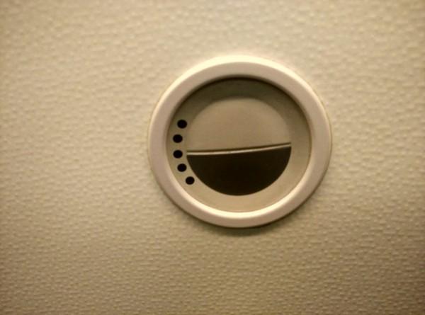 Die Kabine in der Economy Class verfügt über ein erstklassiges Bordunterhaltungssystem-
