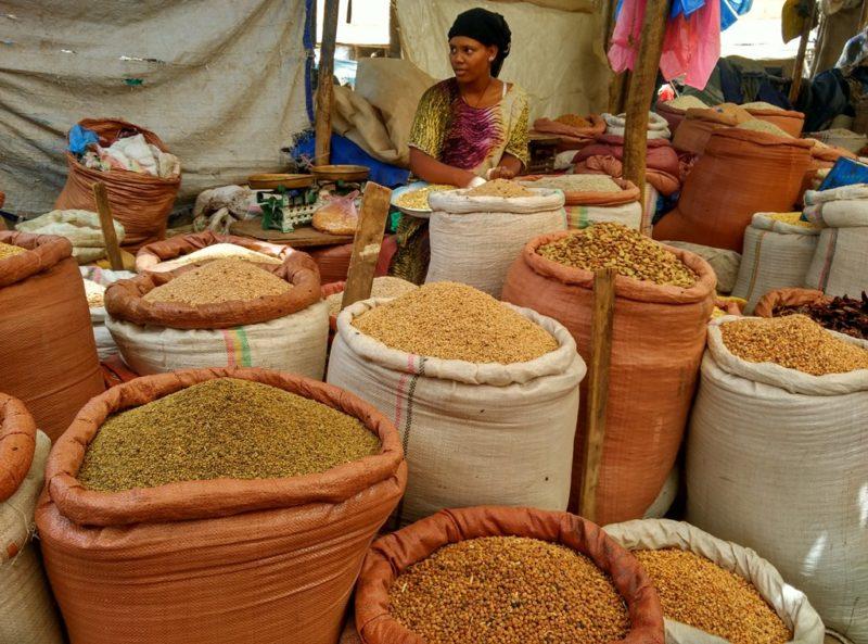 Ausflug zum Kafira-Markt im Stadtteil Megala...