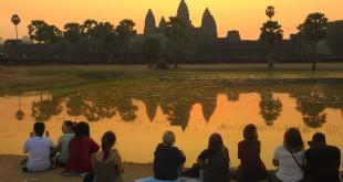 Dafür strömen die Touristen nach Siem Reap: Sonnenaufgang über Angkor Wat. Fotos: OZ