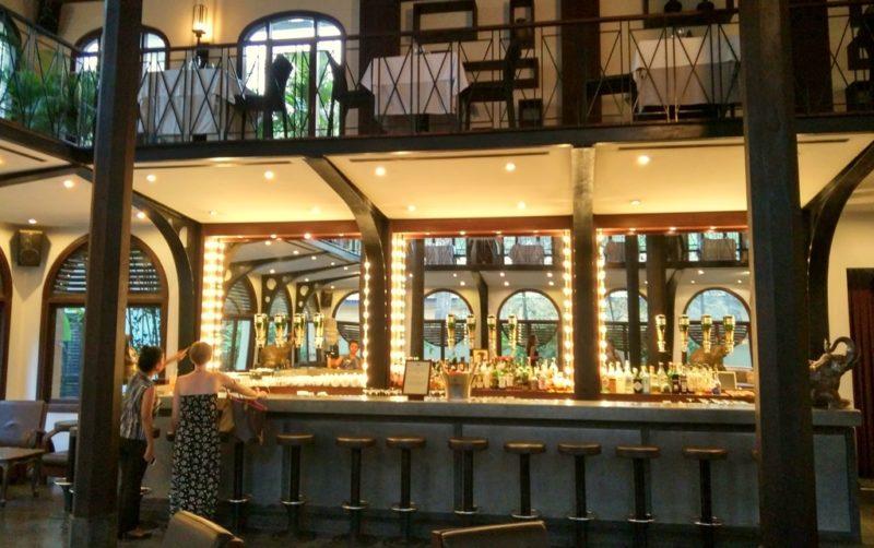 Im Eingangsbereich befindet sich ein empfehlenwerte Gourmetrestaurant.