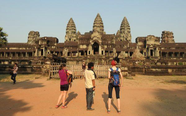 Der Hintereingang zur bekanntesten Sehenswürdigkeit von Kambodscha: Angkor Wat. Fotos: OZ