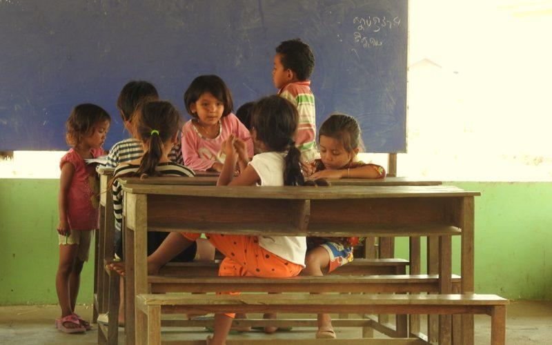 Diese Dorfschule in Kambodscha wird massgeblich durch den Verdienst aus dem Tourismus finanziert.