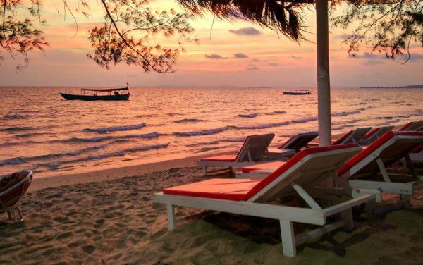 Sonnenunterang am Otres-Beach bei Sihanoukville.