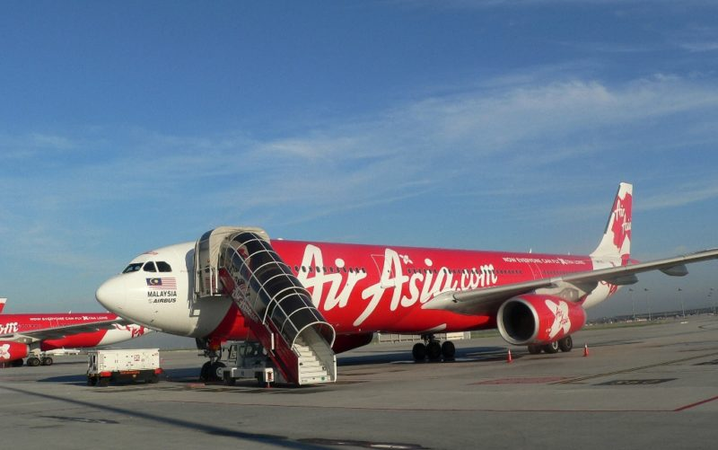Mit Air Asia fliegst du günstig in Malaysias Nachbarländer.