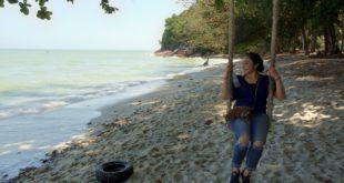 Einsamer Strand im Nordwesten der Insel Penang.