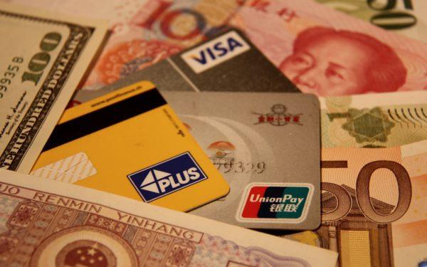 Geld-und-Kreditkarten