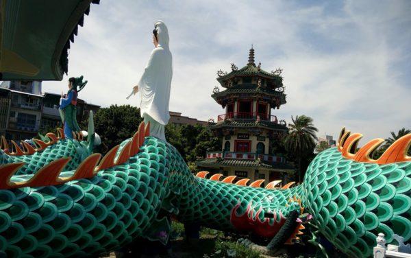In Taiwan sind viele Sehenswürdigkeiten kostenlos wie der Lotusteich bei Kaohsiung.