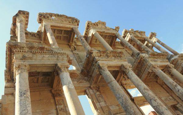 Die bekannte Bibliotheke von Ephesus.