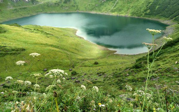 Der Formarin-See am Tag unserer Ankunft.