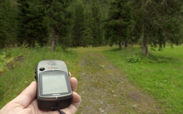 Mit dem GPS gings im Tannberger Wald auf die Suche nach Abenteuerpunkten.
