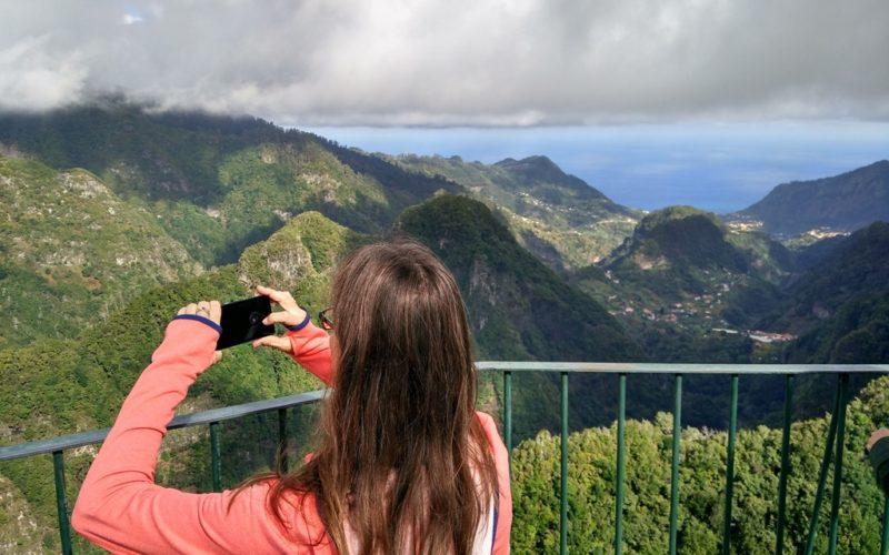 Aussicht vom Aussichtspunkt Miradouro dos Balcões.