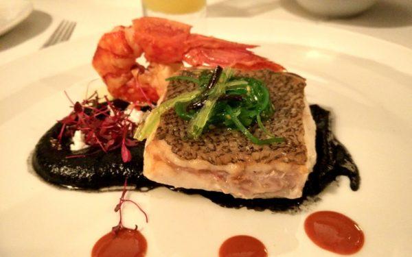 Fisch auf Tintenfischsause: Dies und mehr gibts in den typischen Quintas.