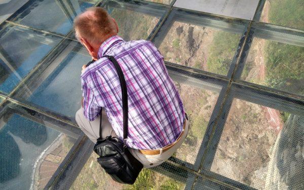 600 Meter leere unter den Füssen auf dem Skywalk von Cabo Girão.