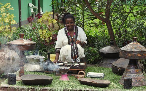 Kaffeezeremonie in Äthiopien.