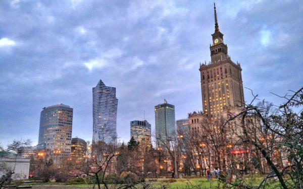 Warschau im Winter: Das moderne Zentrum der polnischen Hauptstadt