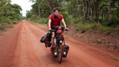"""Photo of Afrika mit dem Fahrrad: """"Unser Bild vom Kontintent ist verzerrt"""""""