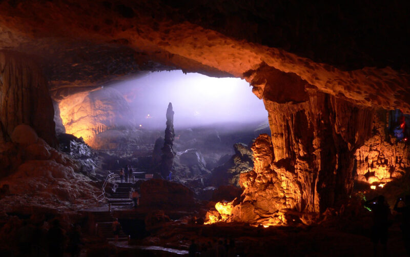 Höhle in Nordvietnam